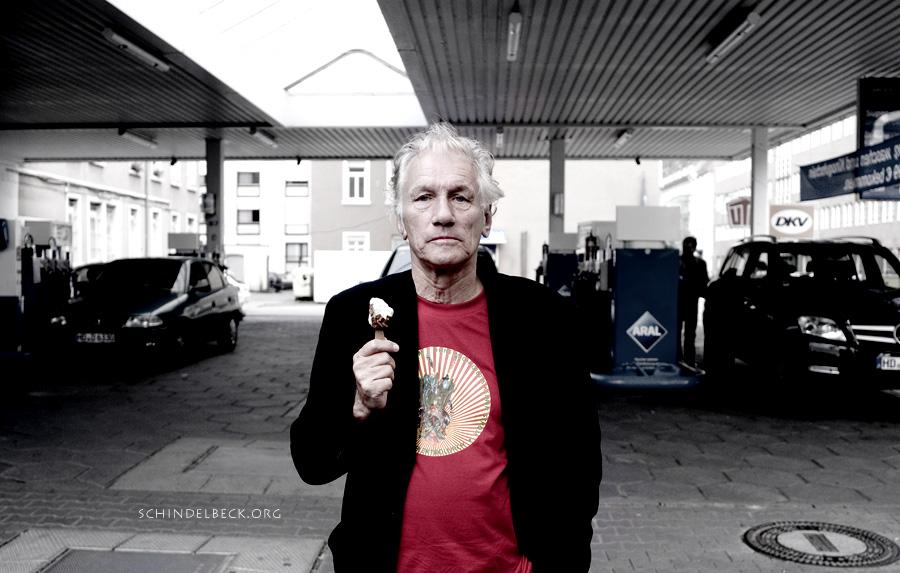 Foto Portrait Mani Neumeier - Fotografie Frank Schindelbeck