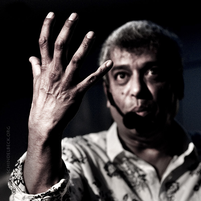 Foto Portrait Trilok Gurtu - Fotografie Frank Schindelbeck